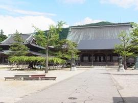瑞泉寺境内.JPG