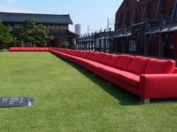 赤いソファ.JPG