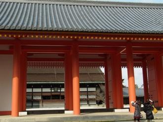 承明門と紫宸殿.JPG