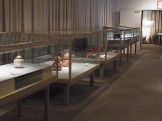 1階展示室左.JPG