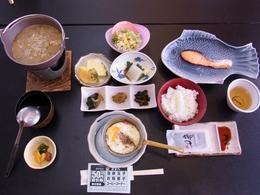 17日朝食.JPG