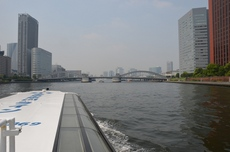 水上船から勝鬨橋.jpg