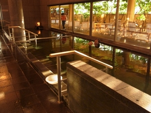 朝の大浴場.JPG