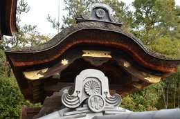 霊屋三門飾り.jpg