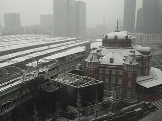 8日朝8時の雪.JPG
